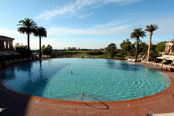 Những bể bơi được xây dựng tuyệt đẹp