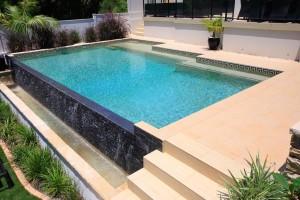 Xây dựng bể bơi bê tông tại sao nên chọn